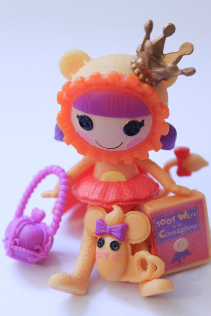 Lalaloopsy Mini: Kitty B. Brave